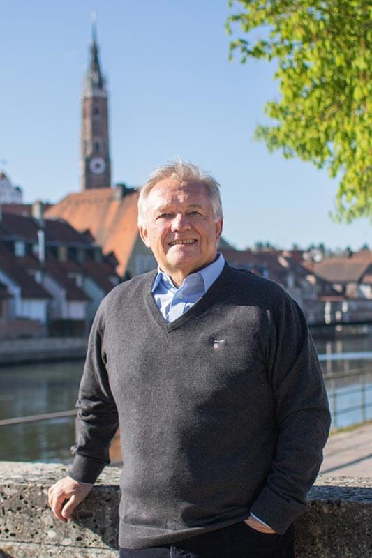 Verischerungsmakler aus Landshut Robert Ebner